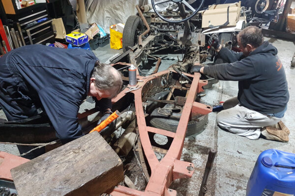 daniel-moore-and-co-full-chassis-restoration-01