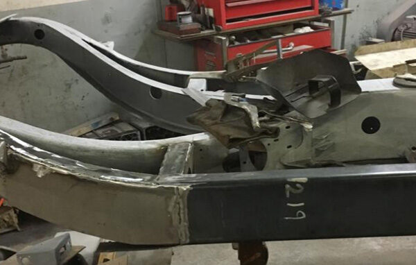 daniel-moore-and-co-full-chassis-restoration-11