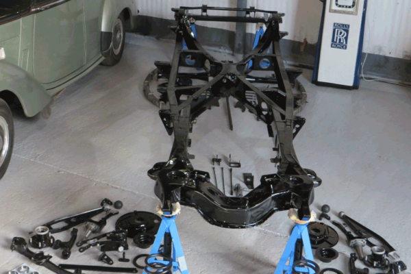 daniel-moore-and-co-full-chassis-restoration-12